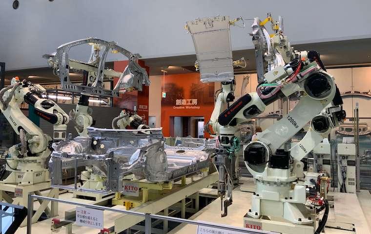 トヨタ産業技術記念館の機械展示