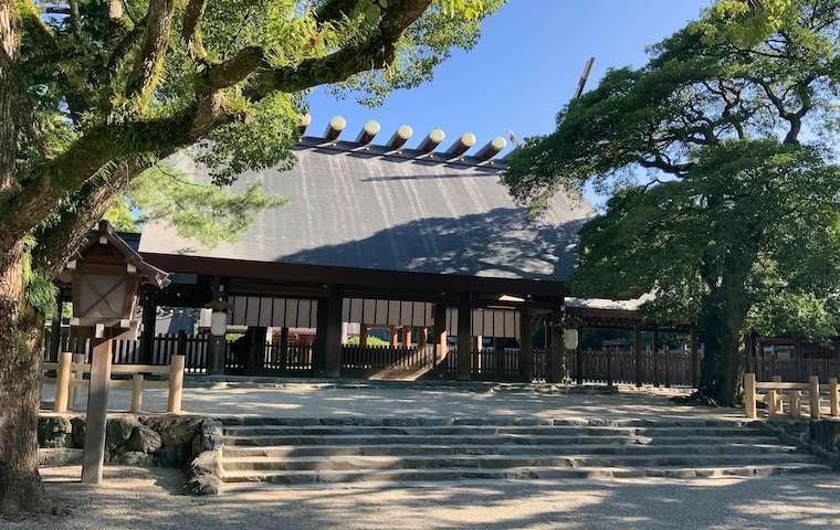 熱田神宮の本宮