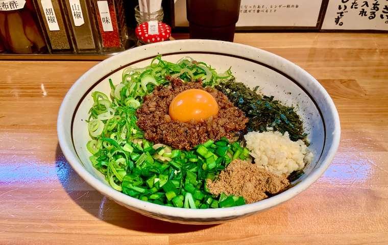 濃厚坦々麺はなびの台湾まぜそば
